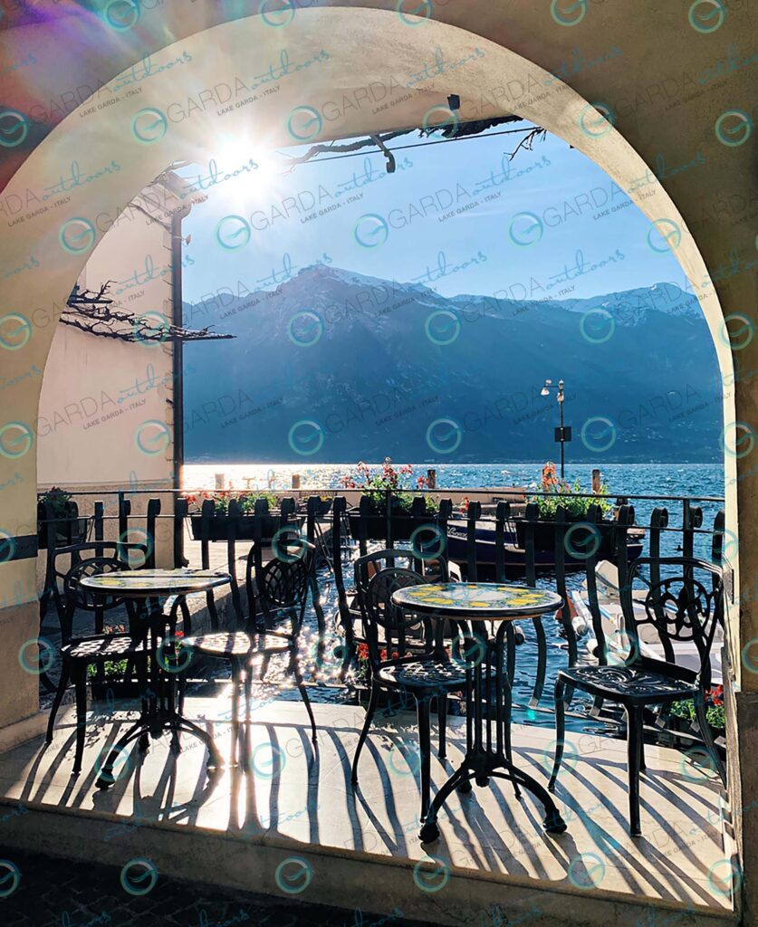 Limone sul Garda – tables for two