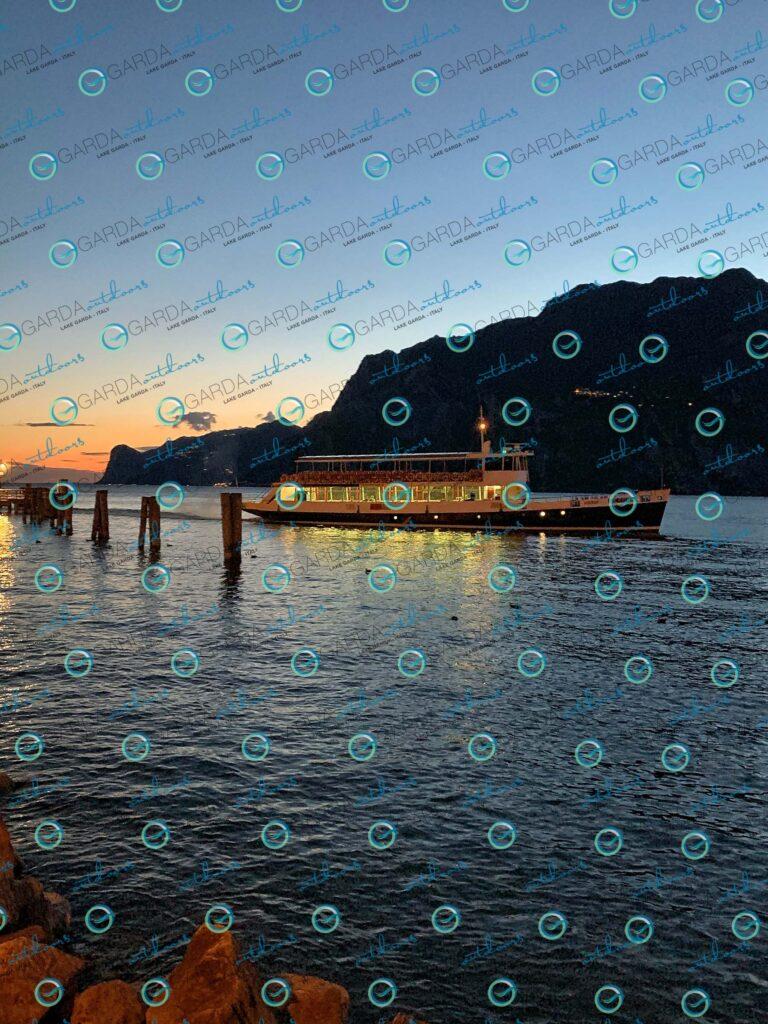Ferry boat Torbole sul Garda