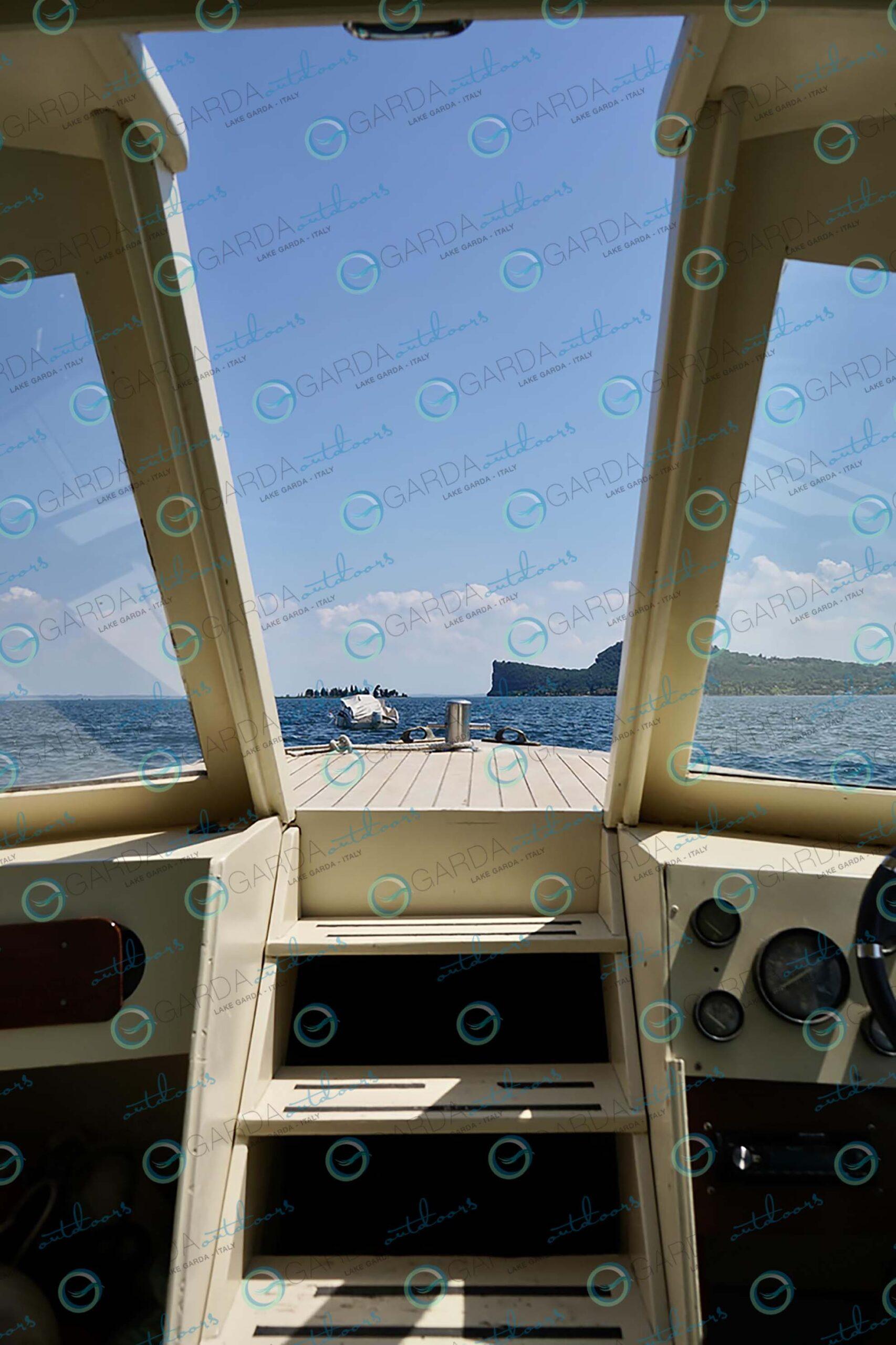 san felice del benaco motorboat