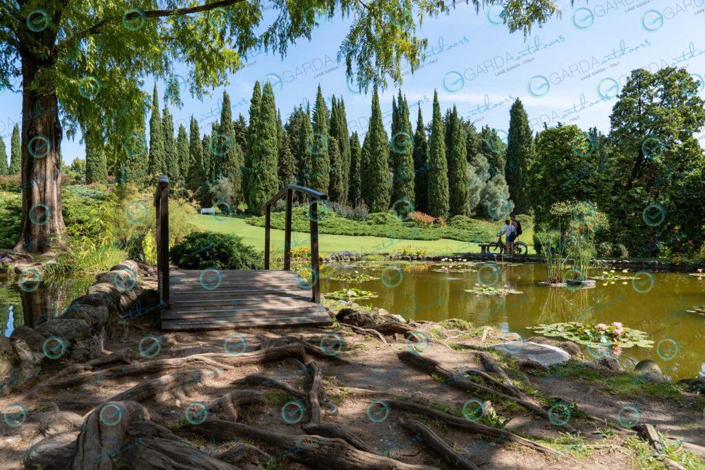 Parco Giardino Sigurtà – couple by byke